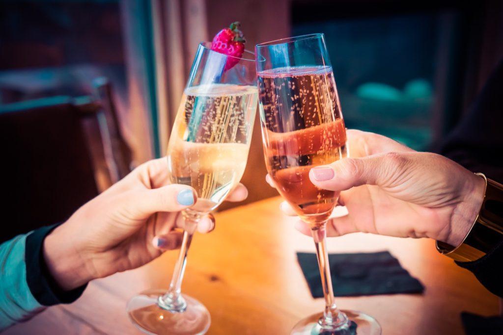 celebrate-champagner